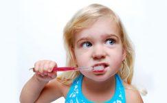 Çocuklarınızı 5 Adımda Diş Fırçalamaya Alıştırın!