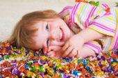 Çocuklara Ödül Olarak Şeker Vermeyin