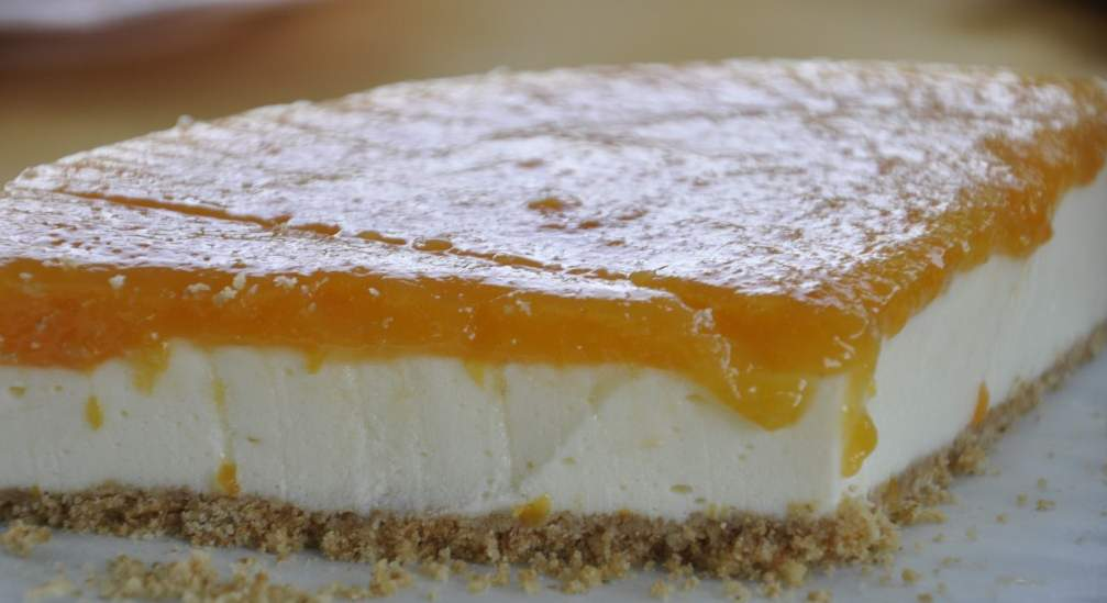 Kayısılı Cheesecake'in Büyülü Tadı - Cicekadin.com
