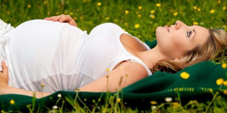Hamileler İçin Yaz Mevsimine Yönelik Rahatlatıcı Öneriler